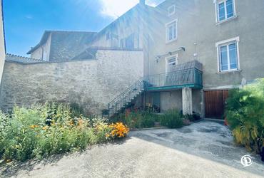 Maison - 150m² charmes sur l herbasse - 26260